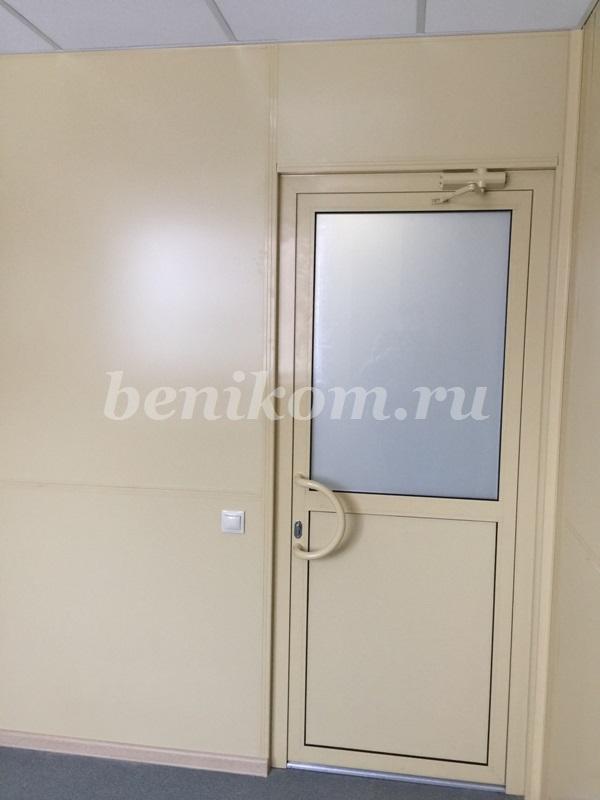перегородка и двери из алюминиевого профиля